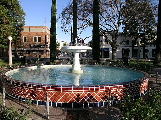Orange Plaza