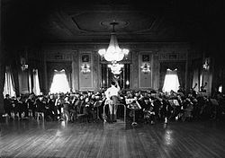 Orchestre symphonique de Montreal 1934.jpg