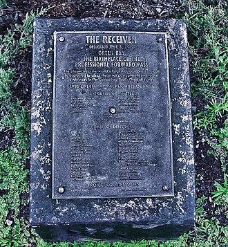 Receiver (statue) - Original statue dedication plaque.