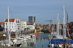 Overview of the Vlissingen fishharbour with lots of sailships - panoramio.jpg