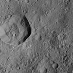 PIA20963-Ceres-DwarfPlanet-Dawn-4thMapOrbit-LAMO-image201-20160610.jpg