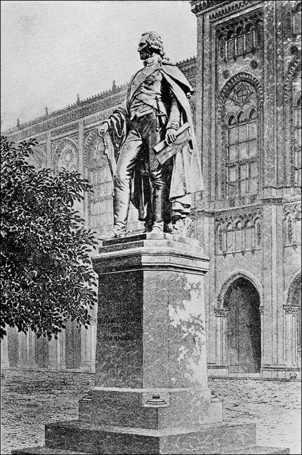 PSM V73 D047 Rumford statue at munich.png