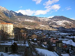 Winter panorama of Châtillon