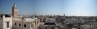Al-Zaytuna Mosque - Image: Panorama Tunisi