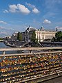 Paris-Love padlocks on the Passerelle Léopold-Sédar-Senghor-P1260512.jpg