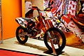 Paris - Salon de la moto 2011 - KTM - 350 SX-F LTD Edition Tony Cairoli - 001.jpg