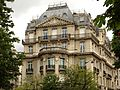 Paris cours albert1 no 42 fassade pl reine astrid.jpg