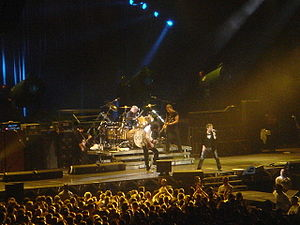 Paul Rodgers - Paul Rodgers and Queen at the NEC, Birmingham, 6 May 2005.