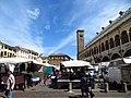 Piazza della Frutta - panoramio (4).jpg