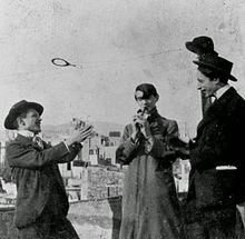 Pablo Picasso con l'amico Carlos Casagemas (a destra)