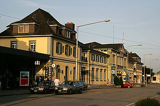 Solothurn railway station - The station building, 2005.