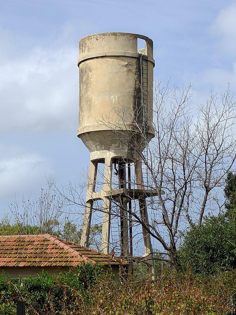 מגדל המים בשדה ורבורג