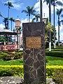 Placa en recuerdo del Fuego Olímpico de 1968 en Parque de Coscomatepec, Veracruz 03.jpg