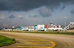 Planes at Xiamen Gaoqi Airport 2.jpg