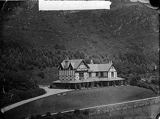 Plasweunydd, Rhiwbryfdir (home of S R Greaves)
