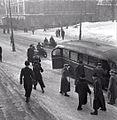 Poliisien linja-autoon.jpg