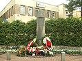 Pomnik Piłsudskiego w Otwocku.jpg