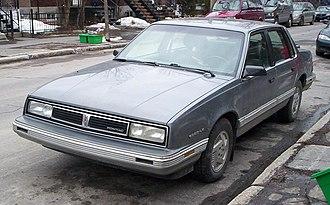 Pontiac 6000 - 1987–1988 Pontiac 6000 LE sedan