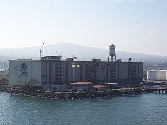 Port of Los Angeles berth 70-71.jpg
