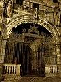 Portal românico da Sé de Braga.jpg