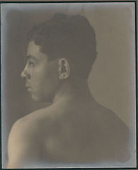 Portrait of Scotch-Irish-American boy (profile) 1909.jpg