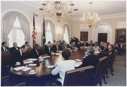 President Bush participates in a full cabinet meeting in the Cabinet Room in July 1992 President Bush participates in a full cabinet meeting in the cabinet room - NARA - 186454.tif