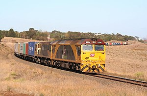 Aurizon - Image: QRN MA6 freight at Moorabool