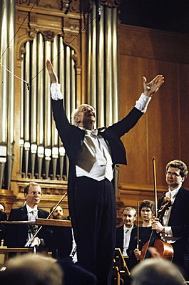 RIAN archive 474794 Mstislav Rostropovich, chief conductor and art director of U.S. National Symphony Orchestra.jpg