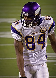 220px-Randy_Moss_with_Vikings.jpg