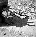 Rapaz em cesto de vime (detail).jpg