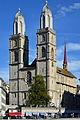 Reformiertes Grossmünster mit Kreuzgang 2012-09-09 19-06-53.jpg
