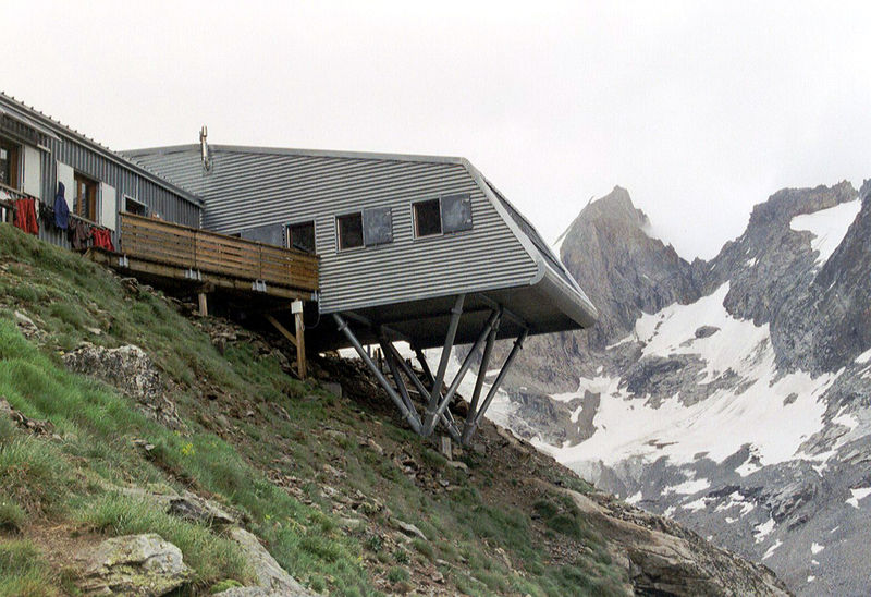 Refuge de la selle (source: wikipedia)