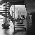 Rehovot. Weizmann Institute interieur van het gebouw waarin ondergebracht de bi, Bestanddeelnr 255-3913.jpg