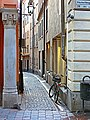 Residential alley in Old Town stockholm - panoramio.jpg