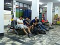 Rest of Soldiers in Hualien Station Concourse 20160813.jpg