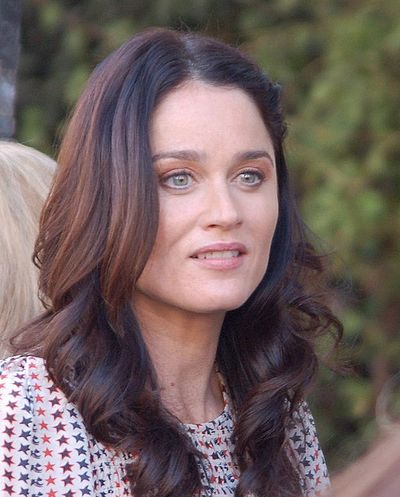 Robin Tunney, American actress