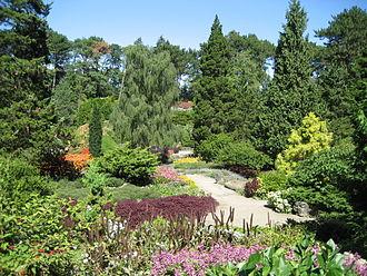 Royal Botanical Gardens (Ontario) - Image: Rock Gardens