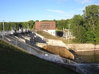 Rogers Dam - Dam, powerhouse and spillway