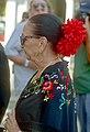 Romnia et sa robe à fleurs aux Saintes-Maries.jpg