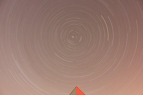 Rotation de la Terre à Saint Michel l'Observatoire.jpg