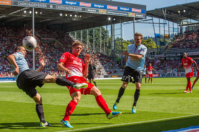 File:SC Freiburg vs FSVMainz 17 août 2013 07.jpg