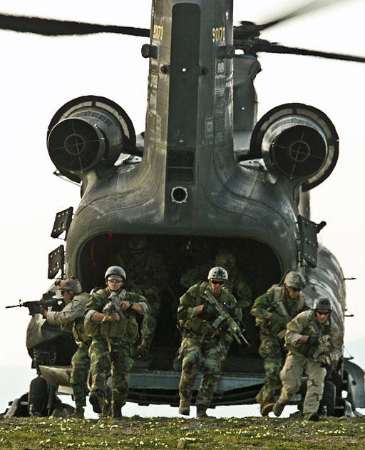 SEALs train with Army pilots in Northern Edge