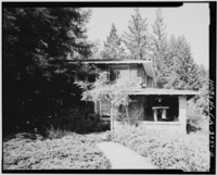 SOUTH FRONT, LOOKING NORTH - H. P. Dyer House, 16055 Sanborn Road, Saratoga, Santa Clara County, CA HABS CAL,43-SARA,4-4.tif
