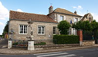 Saint-Martin-en-Bière-FR-77-mairie-10.jpg