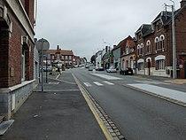 Sainte-Catherine (Pas-de-Calais) - Route de Lens et place de la République.JPG