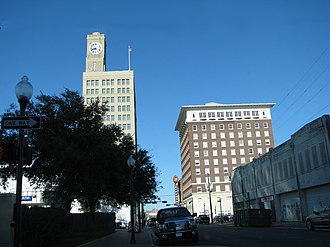 San Jacinto Building - Image: Sanhotelbeaumontfron t