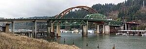 Sauvie Island Bridge - Old and new bridges, March 2008