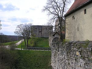 Hellenstein Castle - Southern fortifications including the old castle