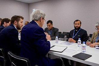 Ministry of Environment, Forest and Climate Change - Javadekar meeting with US Secretary of State John Kerry at COP21 in Paris.
