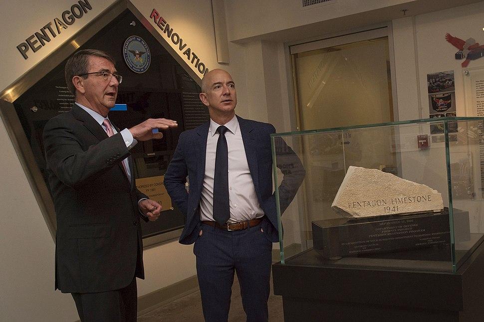 Secretary of Defense Ash Carter meets with Jeff Bezos, May 5, 2016 (1)